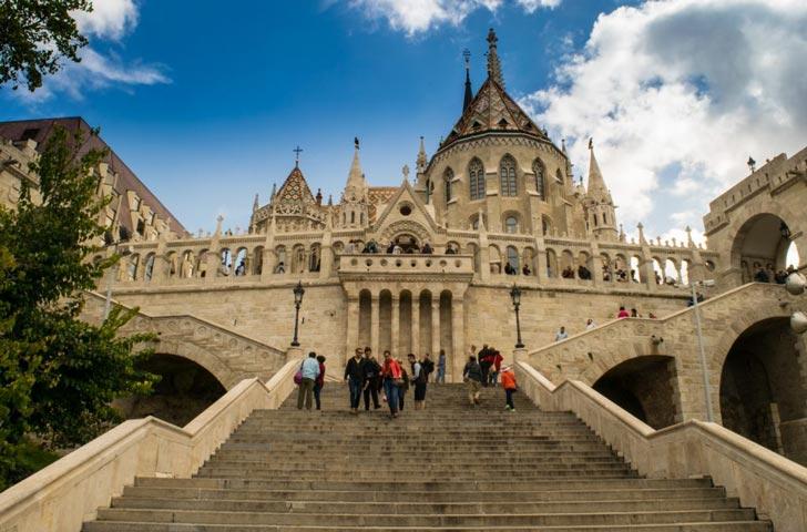 ¿Es mejor quedarse en Buda o en la zona Pest?