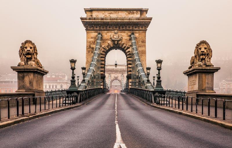 Los leones sin lengua de Budapest