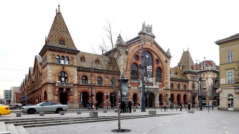 Paseando por el Mercado Central de Budapest