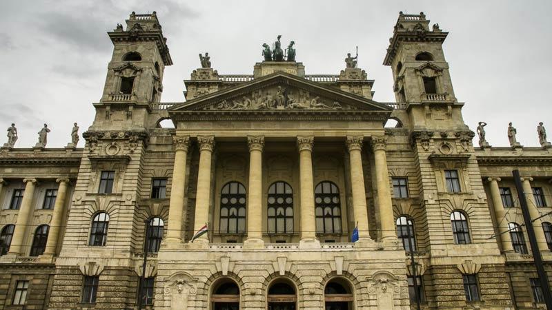 museo-etnografico-edificio