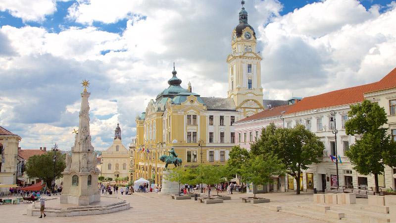 Plaza de Pécs, La Szechenyi Ter