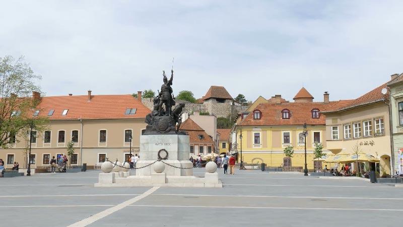Plaza Dobó