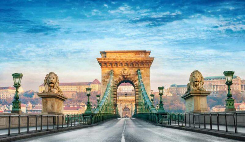 Visitar en Budapest la Puente de las Cadenas