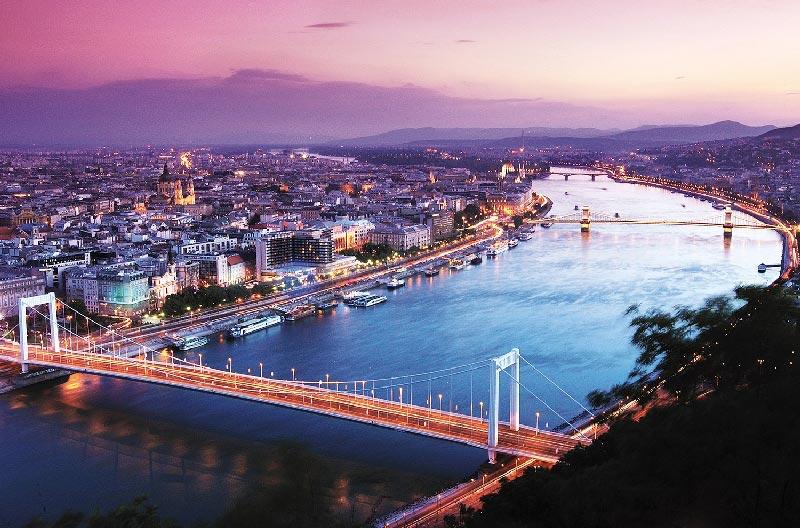 Budapest la perla del río Danubio